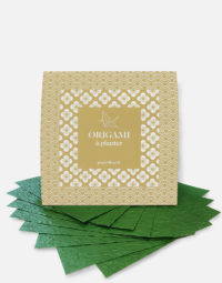 origami-facing-vert-art-diy-recycle